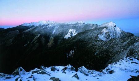 雪霸国家公园:台湾旅游景点